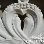 Particolare balaustra in marmo