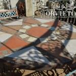 Piano con mosaico