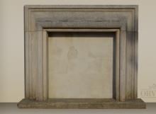 Camino in pietra rifatto con materiali antichi, modello Salvator Rosa.