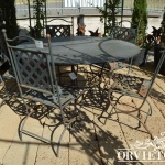 Sedie in ferro modello imperiale con tavolo
