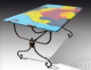 Tavolo in pietra lavica dipinto a mano