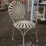 Sedia modello francese, Arredo giardino, Orvieto, Umbria, Italia