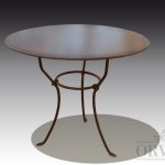 Tavolo rotondo in ferro battuto, Arredo giardino, Orvieto, Umbria, Italia