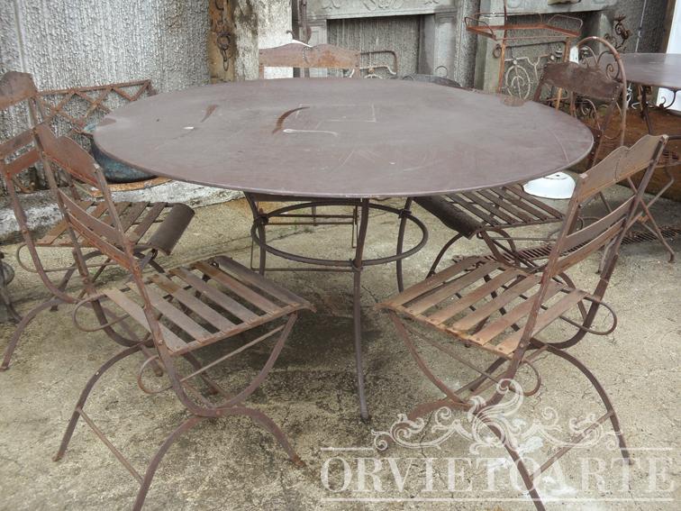 Orvieto arte tavolo rotondo in ferro battuto for Tavolo rotondo e sedie