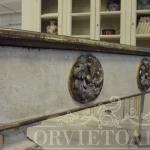 Consolle in stile antico, Orvieto, Umbria, Italia