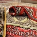 Tappetini pakistani lana kashmir, Orvieto, Umbria, Italia