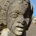 Particolare volto in pietra