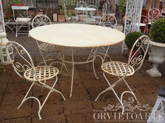 Orvieto arte offerta fine stagione tavolo rotondo a tre for Sedie da esterno in ferro battuto