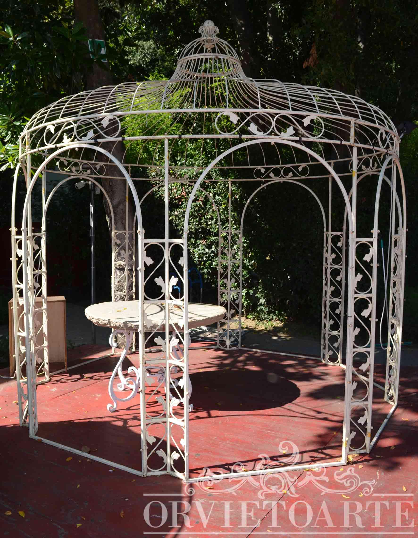 Orvieto arte gazebo in ferro a pianta ottagonale con for Colonne da giardino