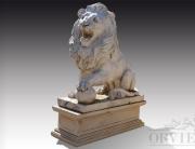 Leone in marmo