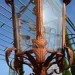 Lanterna in ferro, particolare