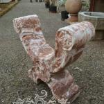 Base in marmo brecciato di Sicilia