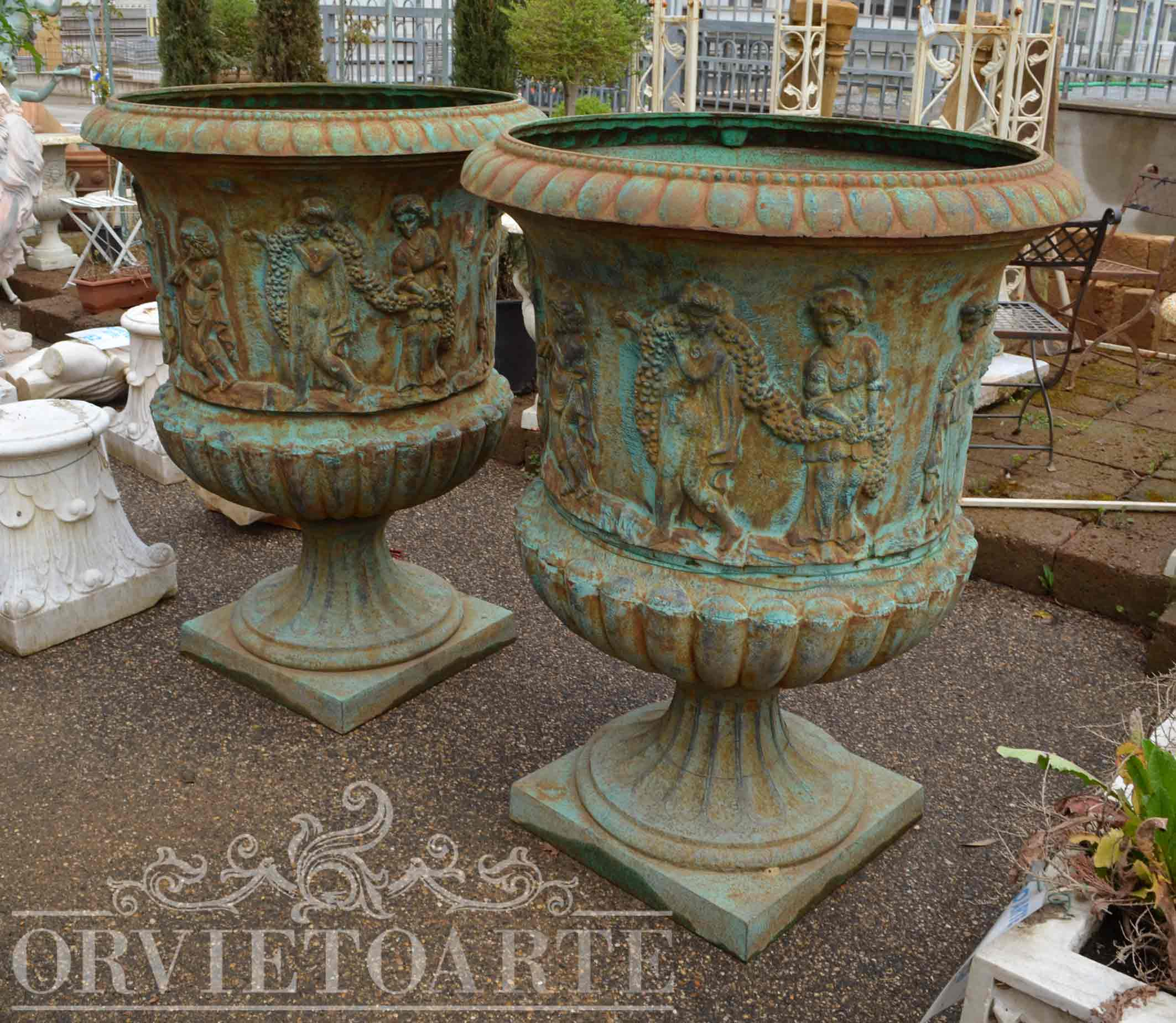 Orvieto arte vaso in ghisa monumentale - Vasi in ceramica da esterno ...