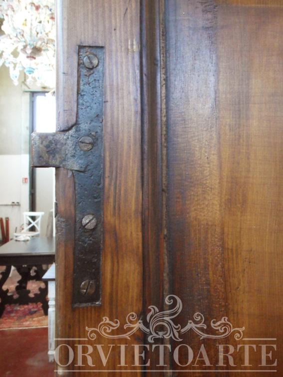 Orvieto arte particolare cardine porta met dell 800 for Porta 800