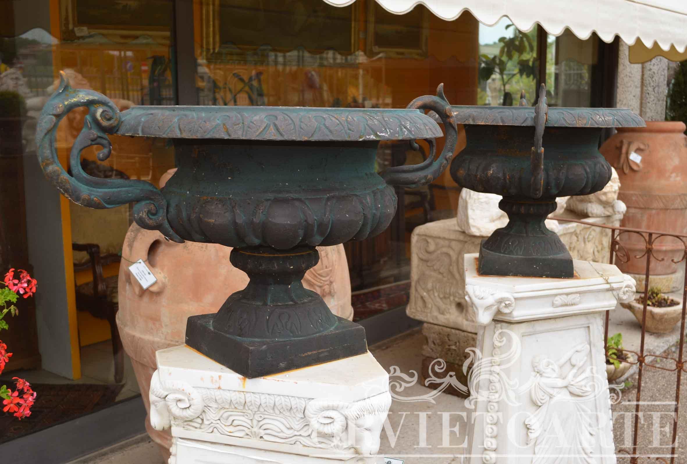 Fioriere per giardino con fontana in ghisa per giardino - Vasi da giardino prezzi ...