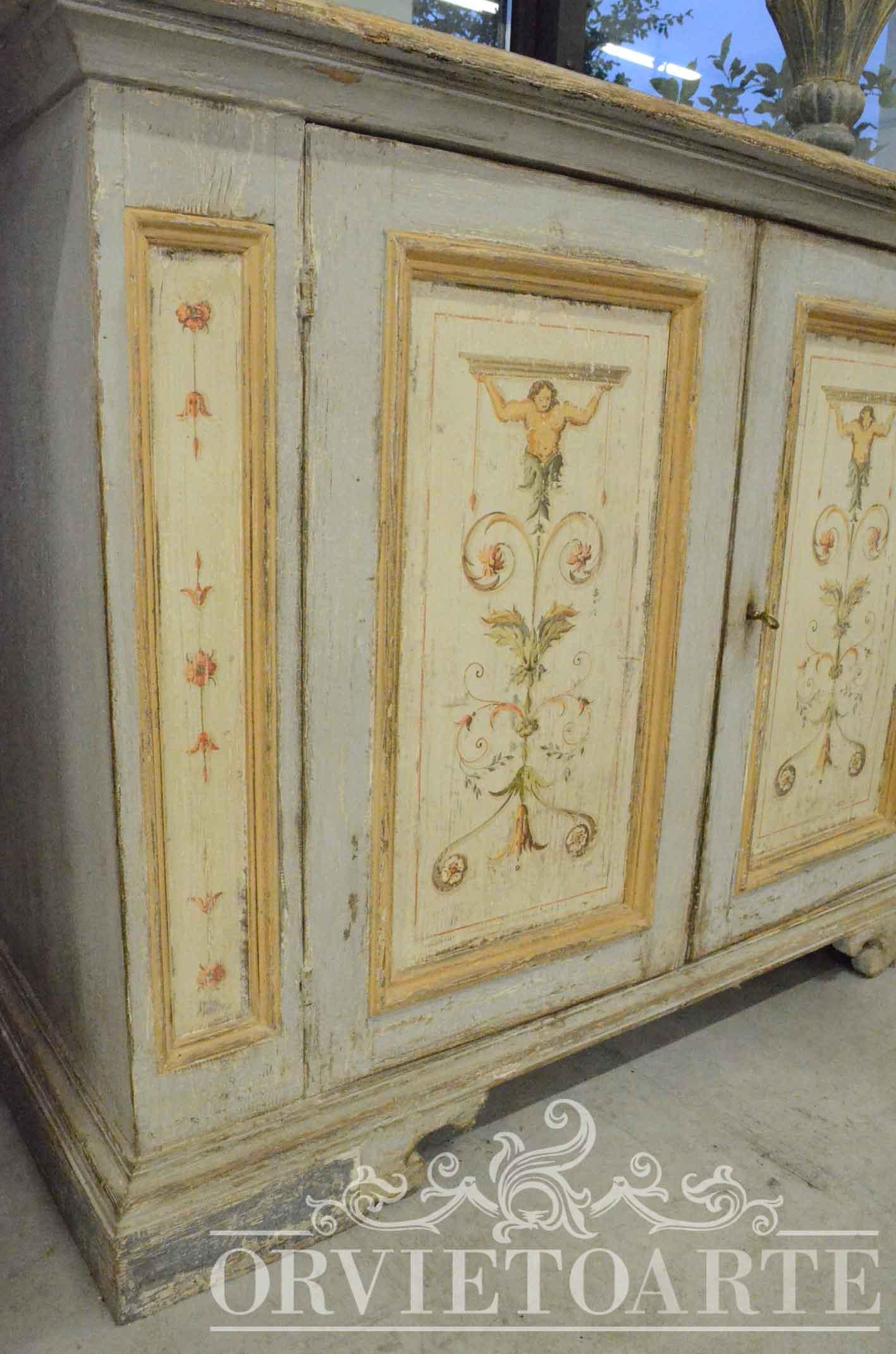 Orvieto arte credenza dipinta a mano con motivi a candelabra - Porte stile shabby ...