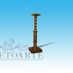 colonna in legno oro